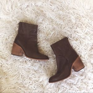 • Free People • Heeled Ankle Leather Boots Brown 7